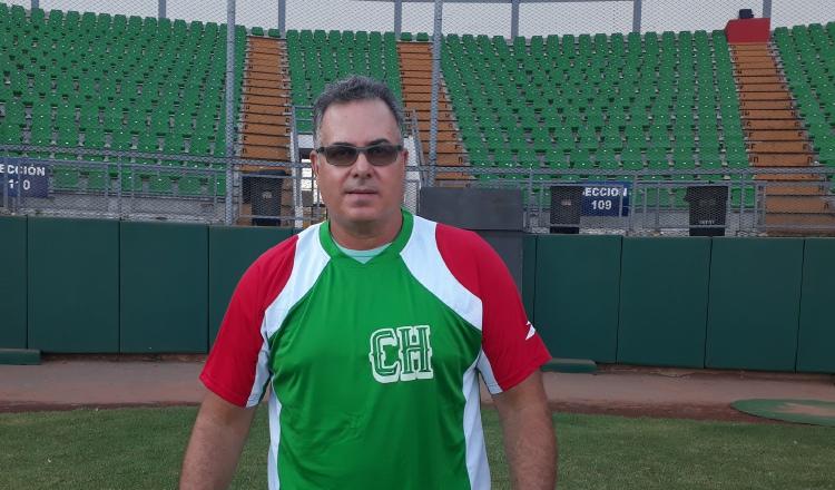 Lenín Picota asume el reto de revalidar el título en la tropa chiricana. José Vásquez