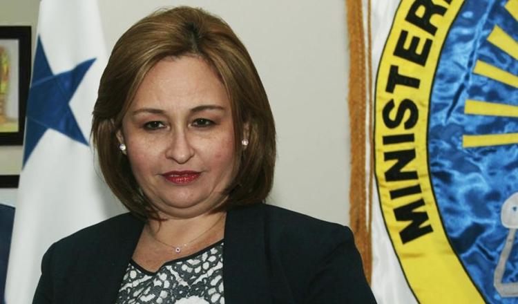 Kenia Isolda Porcell, procuradora general de la nación, inició procesos fuera del término de ley.