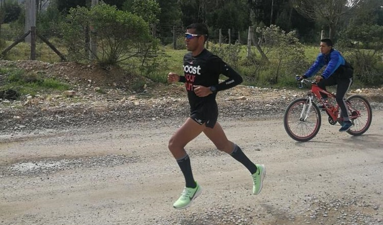 Jorge Castelblanco, entrena en la altura en Paipa, Colombia desde hace un mes. Cortesía