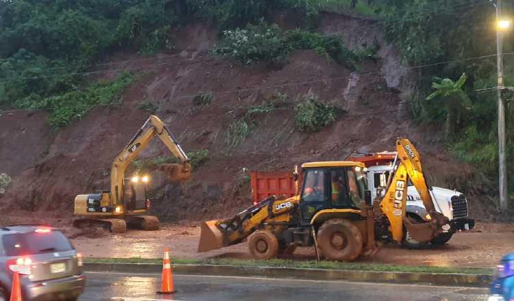 Las lluvias están cayendo en áreas vulnerables, como la carretera al Centenario. Cortesía