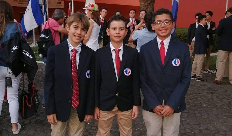 Los jugadores de 11-12 años ganaron el título por equipo. Cortesía