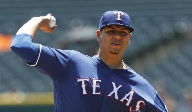 Ariel Jurado, de los Texas Rangers, se perfila como uno de los abridores de Panamá en el torneo. Foto AP