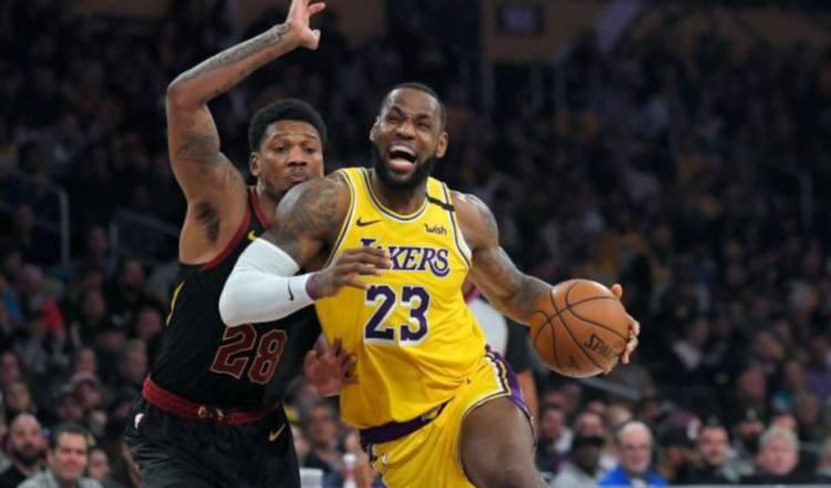 LeBron James de los Lakers (23) Foto:AP