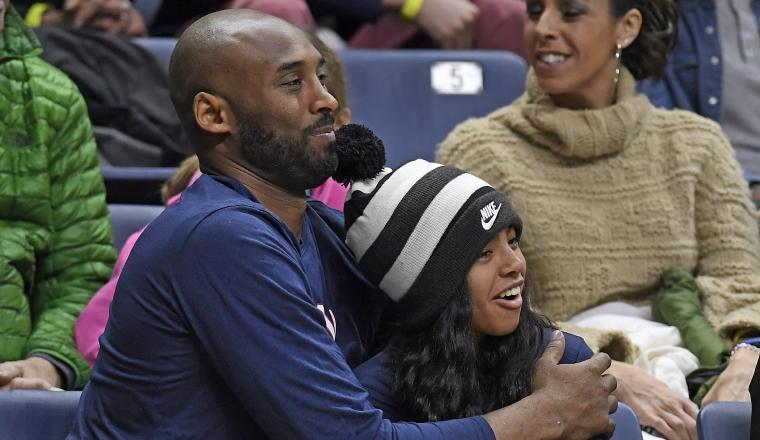 Kobe Bryant y su hija Gianna Foto:AP
