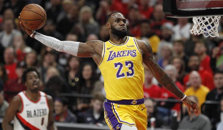LeBron James jugador de los Lakers. Foto:EFE