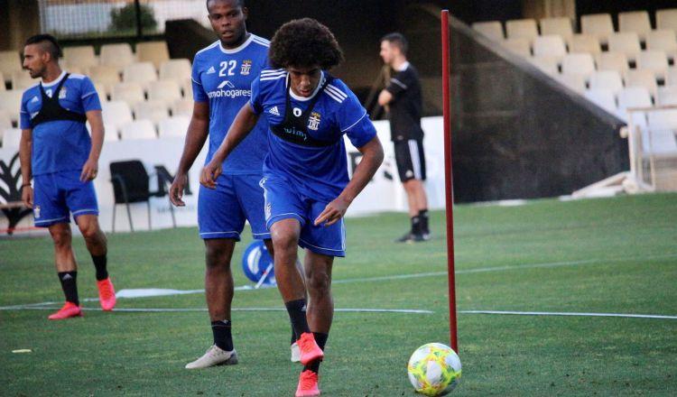Adalberto 'Coco' Carrasquilla en los entrenamientos. Foto: @FCCartagena_efes