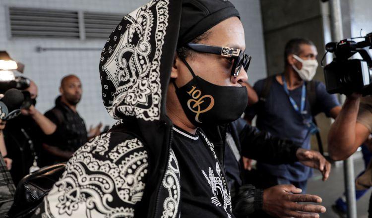 Ronaldinho llega a Río de Janeiro. Foto:EFE