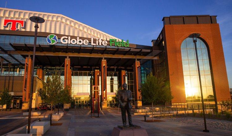 La Serie Mundial se jugará completa el Globe Life Park. @GlobeLifeField