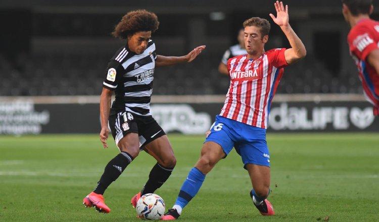 Adalberto 'Coco' Carrasquilla (izq.) se encuentra motivado en el FC Cartagena en la Segunda División de España. Foto: @CCartagena_efs