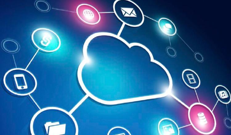 Hay varios mitos de la nube híbrida.  Pixabay