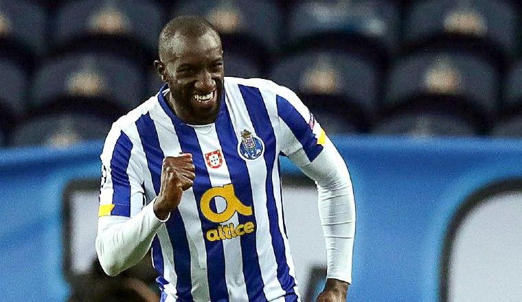 Moussa Marega festeja su segundo gol con Oporto. Foto:EFE