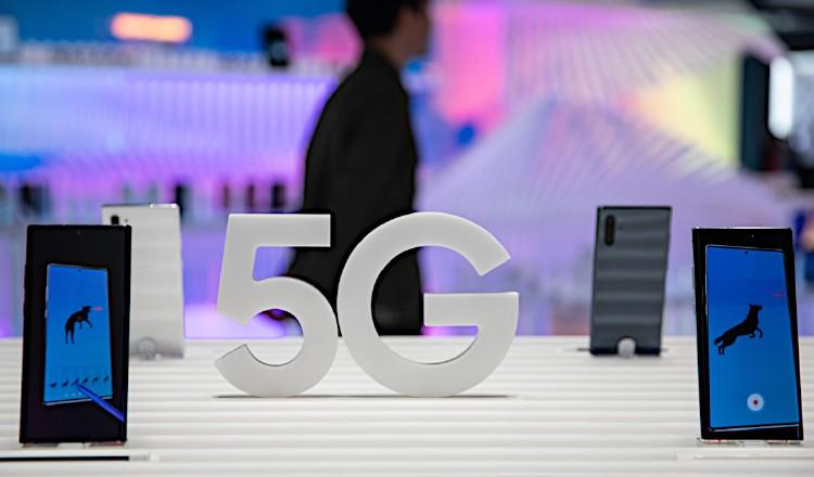 El 5G ofrece velocidades hasta 20 veces superiores. EFE