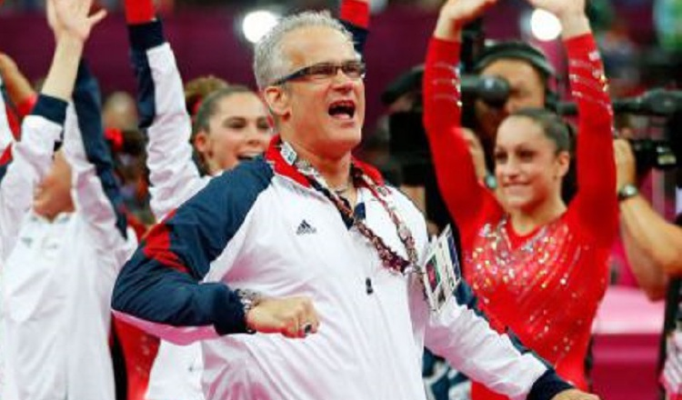 John Geddert entrenó al equipo femenino olímpico de gimnasia de Estados Unidos. Foto:EFE