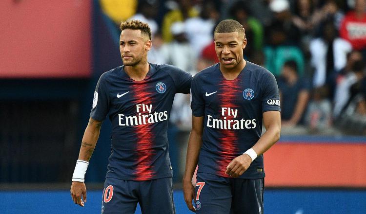 Neymar y Mbappé. Foto:EFE