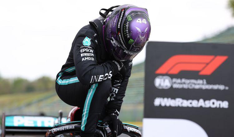 Lewis Hamilton vuelve a demostrar su calidad en las carreras de Fórmula Uno. Foto:Efe