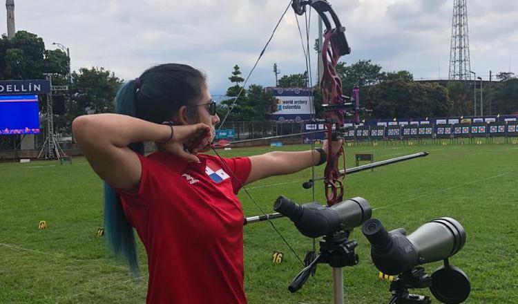 Astrid Barría, destacó en el tiro con arco. Foto:Cortesía