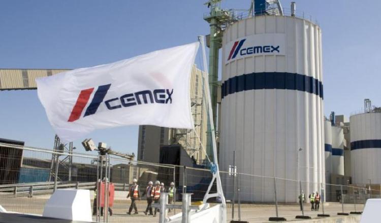 Cemex anotó una pérdida neta de $1.467 millones en 2020. EFE