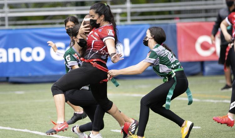 El campeonato de Flag Football Kiwanis ha sido muy competitivo. Foto:EFE