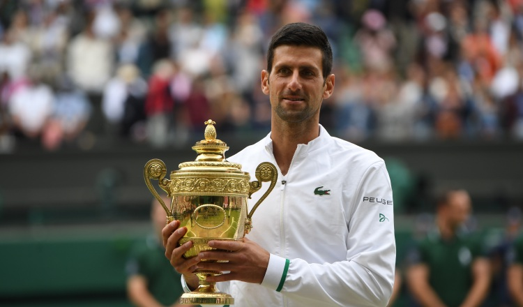 Novak Djokovic, ganó recientemente el Wimbledon. Foto:EFE