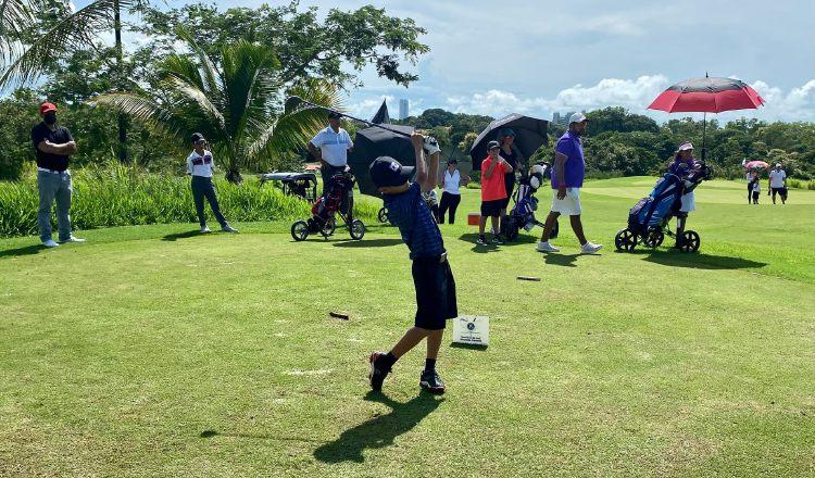 El torneo infantil se realiza en diferentes categorías. Foto: Cortesía