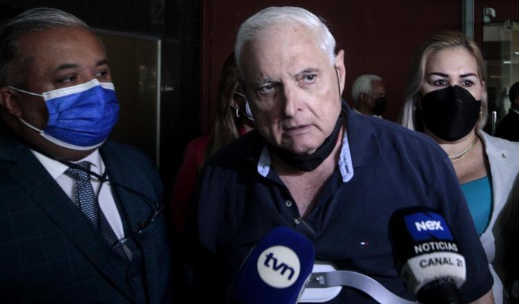 El expresidente Ricardo Martinelli dijo ayer finalmente la opinión pública podrá escuchar lo que se ha dado en el juicio. Foto Víctor Arosemena
