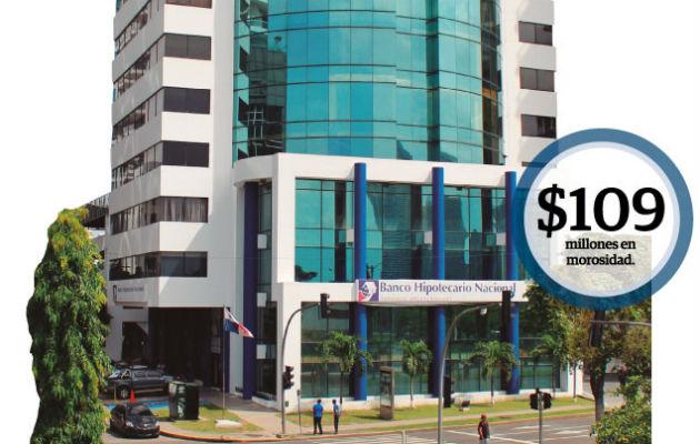 El gerente general del Banco Hipotecario Nacional, Gean Marc Córdoba, destacó que existe una mora gigante en la entrega de títulos de propiedad.