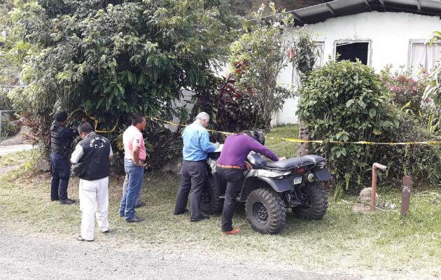 Se realiza la inspección y recolección de indicios por la muerte de adulta mayor en Boquete, Chiriquí.