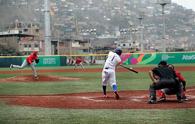 Cuba fue dejado en el terreno de juego por República Dominicana. Foto:EFE