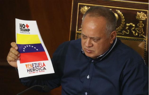Según Diosdado Cabello, el dólar estadounidense ha debiltado al Bolívar. Foto: Archivo/Ilustrativa.