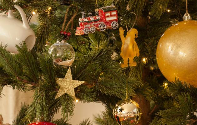 El árbol de Navidad, uno de los adornos imprescindibles.  EFE