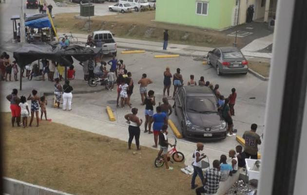 Una persona pierde la vida en el habitacional Altos de Los Lagos en Colón. @TraficoCPanama