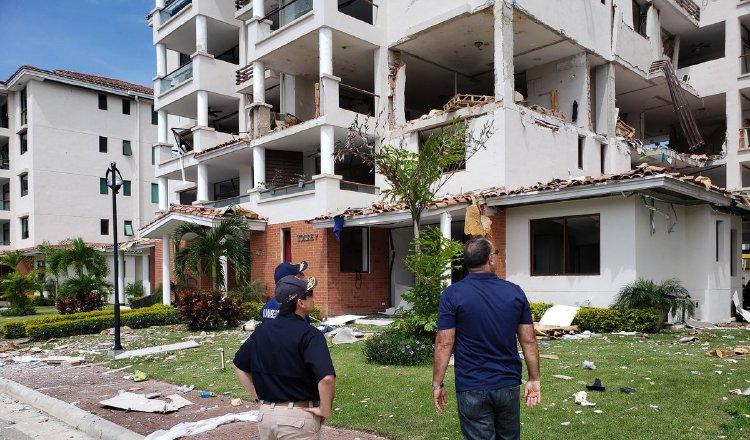 Exigen investigación sin selectividad por explosión en PH Costamare. Foto: Panamá América.
