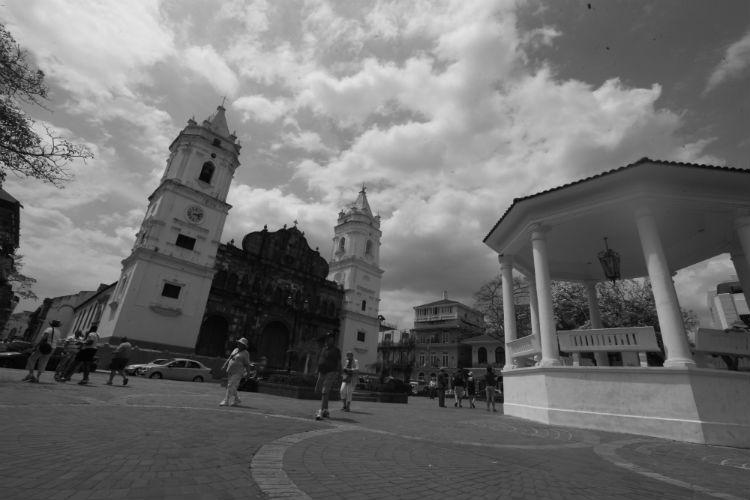Plaza de la Independencia, donde se consolidó el nacimiento de la nueva República. Está en el Casco Antiguo, San Felipe.