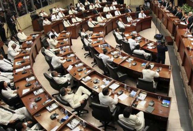 La lista de los que no se reeligieron incluye a diputados de todas las bancadas de la Asamblea Nacional.
