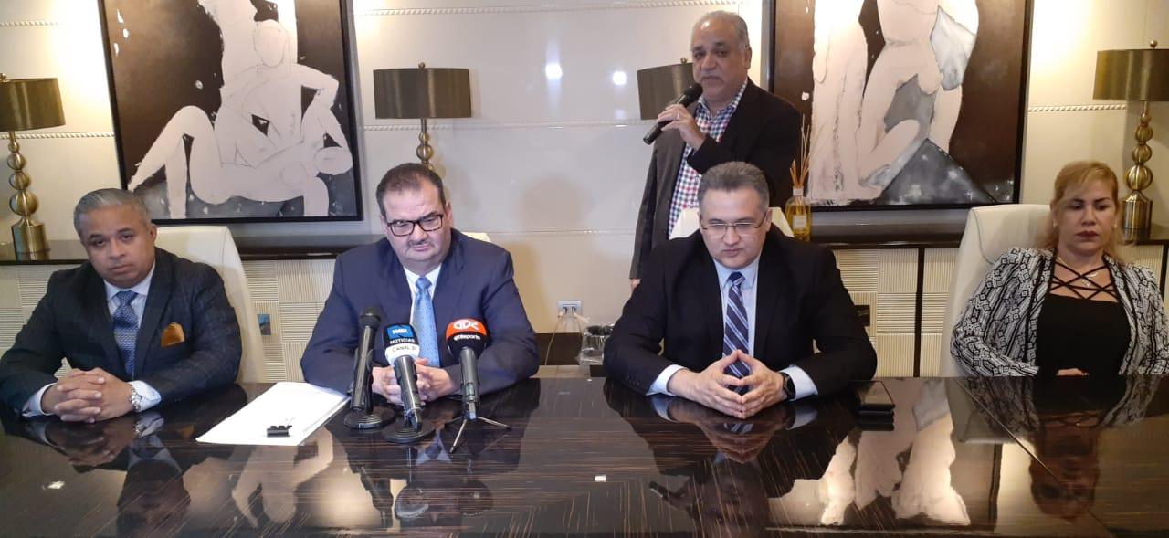 Los abogados de Ricardo Martinelli anunciaron que demandarán a todo aquel que ponga en duda el fallo en Derecho a favor del expresidente. Foto: Víctor Arosemena.