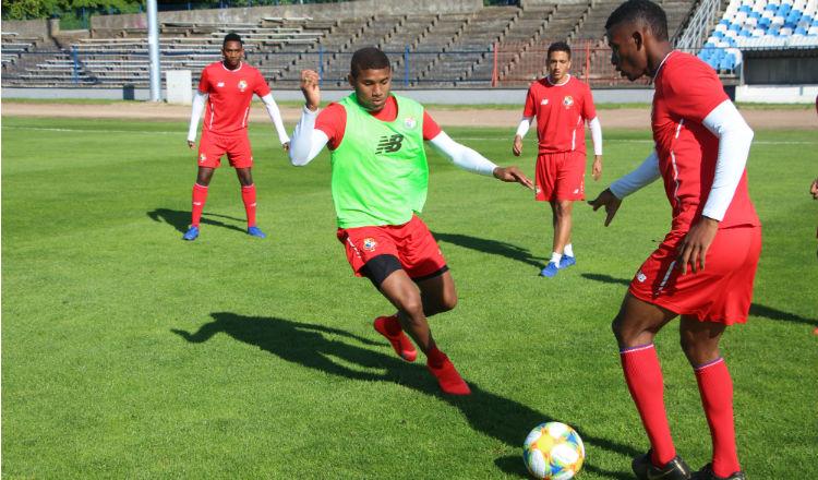Jugadores de Panamá en su base de entrenamiento en Polonia. Foto:Fepafut