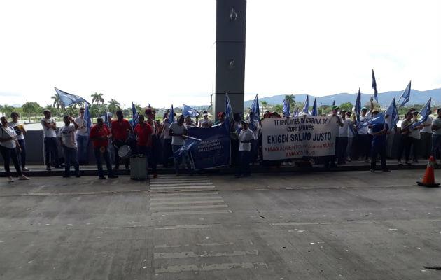 Los trabajadores tendrán una vigilia hoy a las 6:00 pm en Plaza Edison