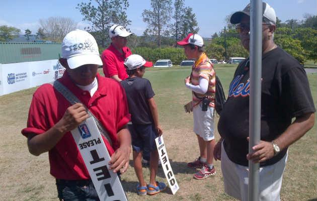 Niños apasionados por el golf