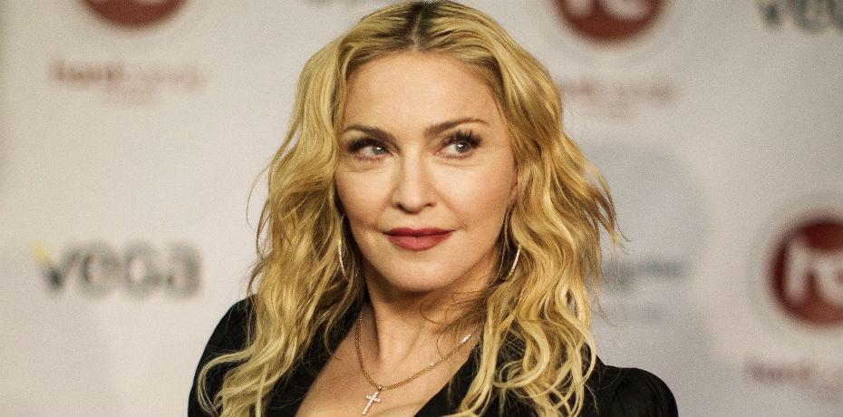Madonna muestra su lado provocativo