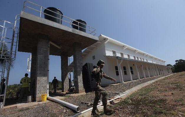 La isla penal de Punta Coco fue abierta por el presidente Juan Carlos Varela para albergar a los líderes de las pandillas.