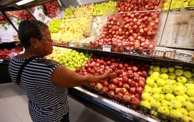 El monitoreo fue realizado en 87 establecimientos: 48 supermercados y 39 comercios de rutas (minisuper y abarroterías). / Archivo