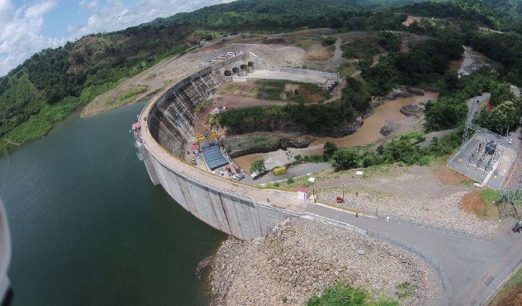 El proyecto hidroeléctrico representa una inversión de más de 100 millones de dólares, bajo financiamiento de algunos bancos internacionales. /Foto Archivo