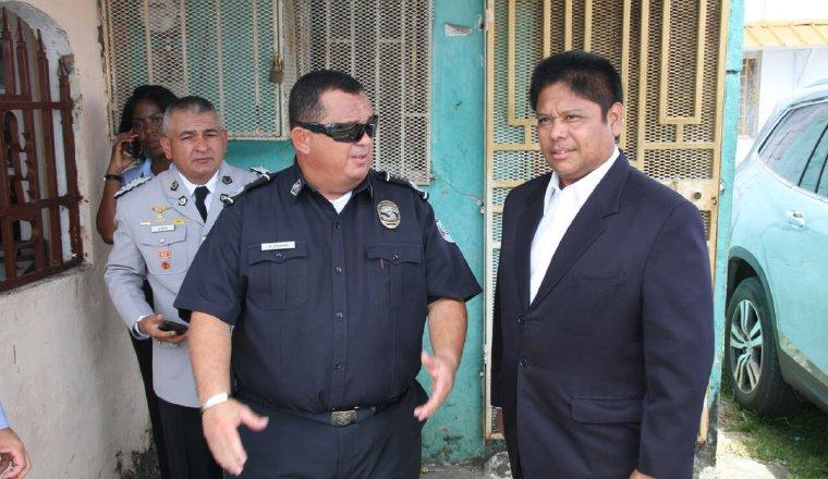 Operativo: El ministro de Seguridad, Alexis Bethancourt, y el director de la Policía Nacional, Omar Pinzón, realizaron un fuerte operativo en la provincia de Colón, donde ocurrió un triple homicidio.