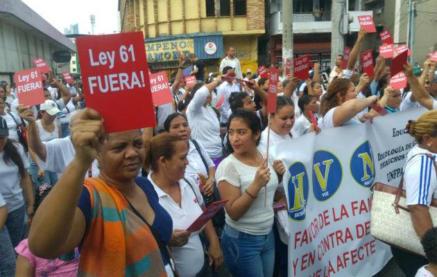 El 13 de julio de 2016 centenares de personas marcharon contra esta ley. Foto/Archivo