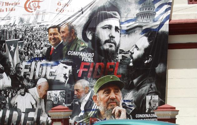 Cubanos recuerdan a su líder. FOTO/EFE