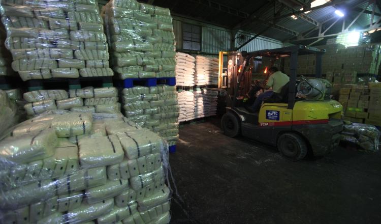 Ante la falta de personal que requiere el mercado, la industria logística capacita a su propio personal. Archivo