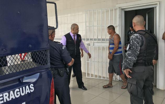 Los tres detenidos operaban mediante contactos telefónicos. Fotos: Víctor Eliseo Rodríguez.