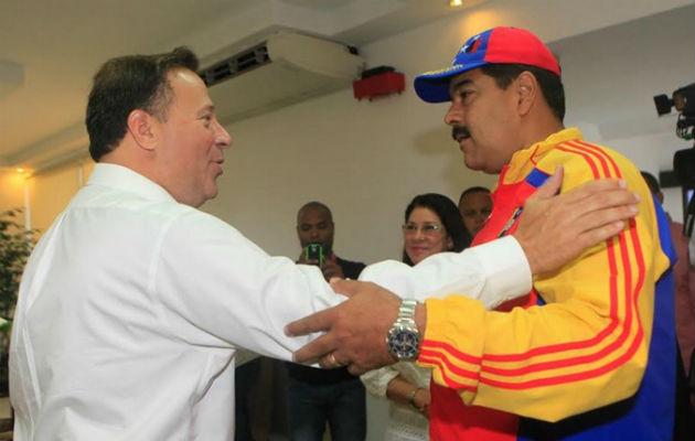 Lista panameña incluyó a 22 funcionarios y 42 empresas.