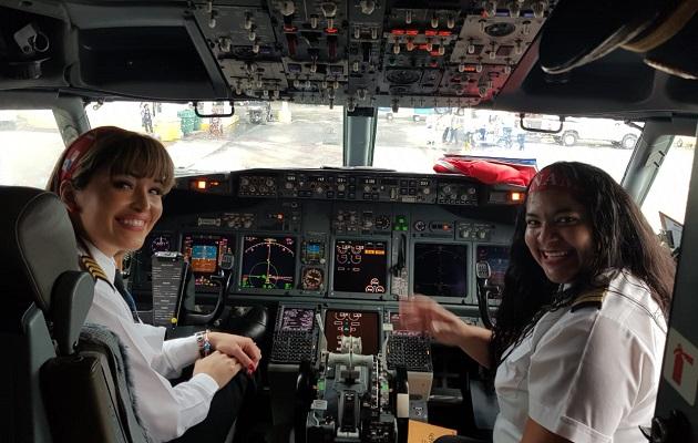 Resultado de imagen para copa airlines seleccion panama rossana