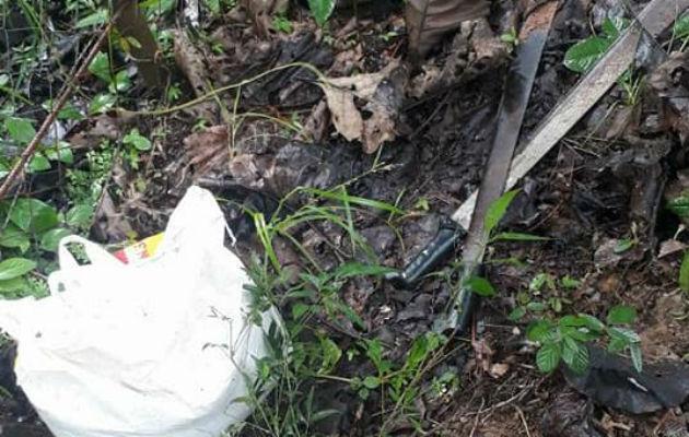 Utilizaron un machete ya ramas de fuego para amenazar a la familia durante el robo. Foto/Diómedes Sánchez